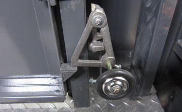 外扉ロック装置