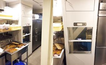 パン屋さんに小荷物専用昇降機
