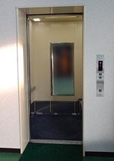 乗場の出入口