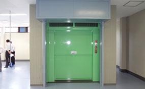 簡易リフト・兵庫県の倉庫