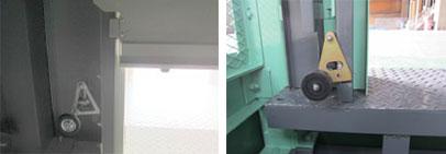 ドアロック装置-荷物用リフト