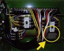 ピラリフターの逆相探知装置