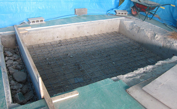 pit-construction-rebar